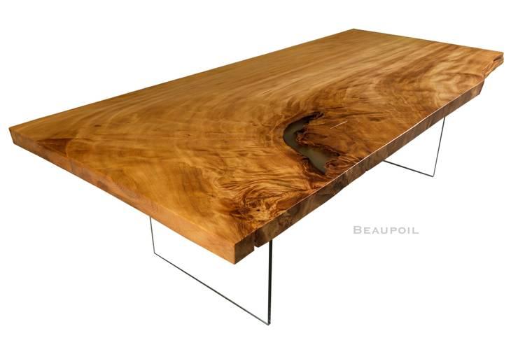 Großer naturmarkanter Tisch an einem Stück von Möbelkreationen ...
