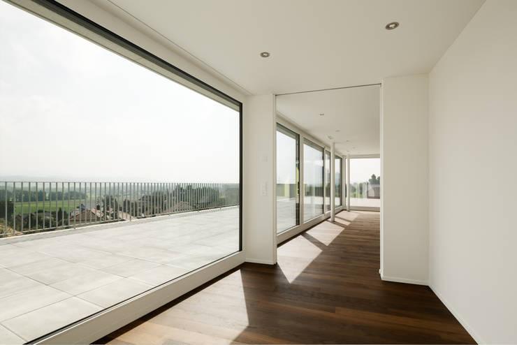 moderne Studeerkamer/kantoor door a4D Architekten AG