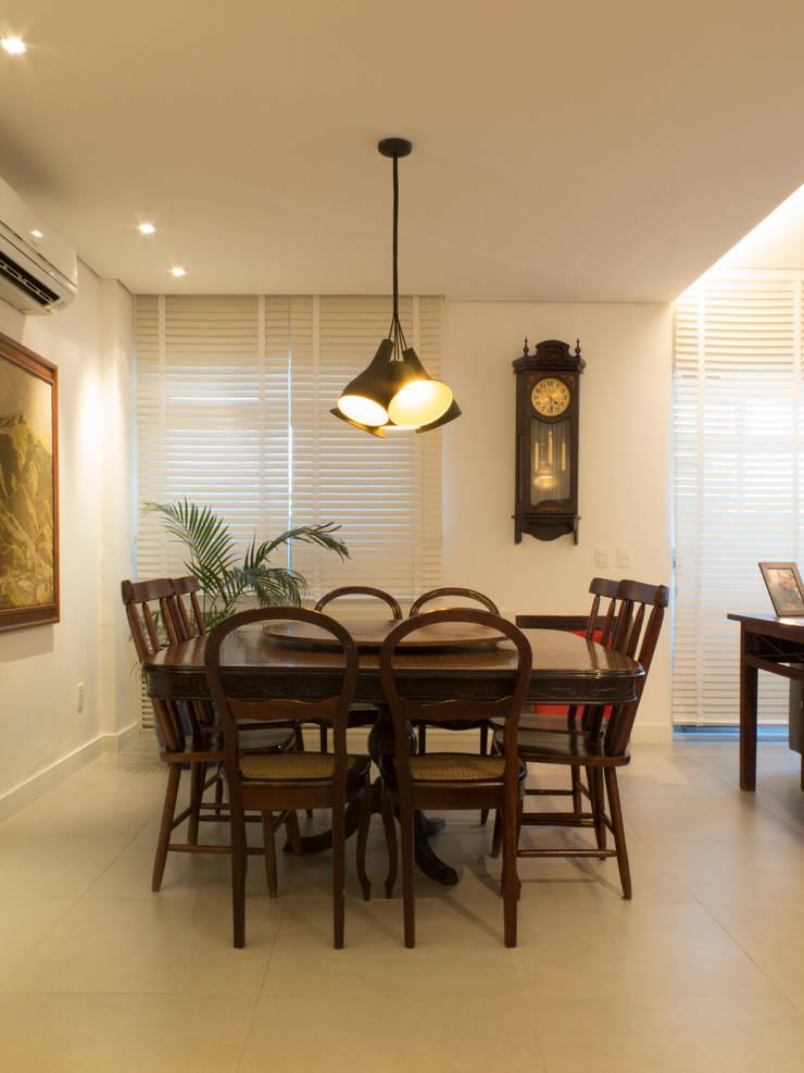 Apartamento IR: Salas de jantar  por Rede Arquitetos,Minimalista