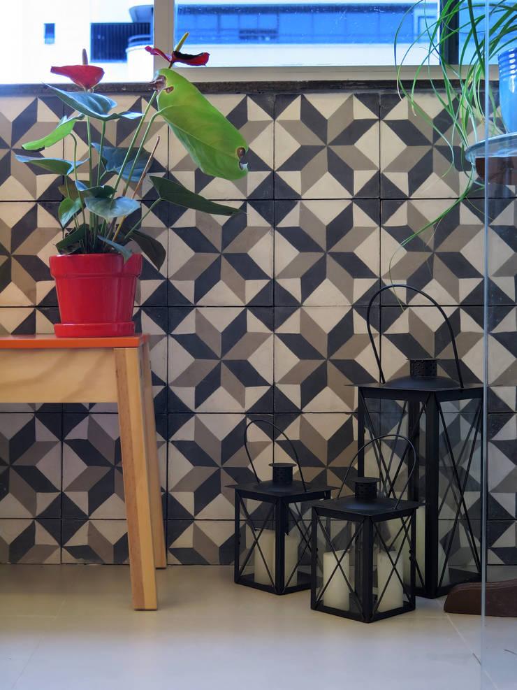 Apartamento IR: Terraços  por Rede Arquitetos,Minimalista
