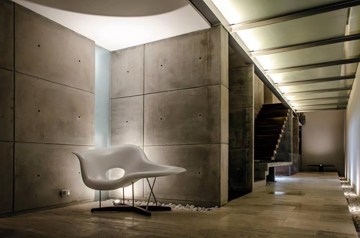 走廊 & 玄關 by Oscar Hernández - Fotografía de Arquitectura
