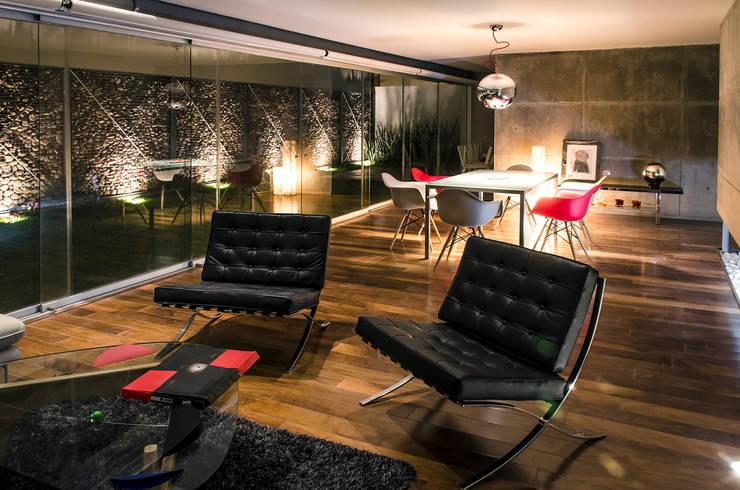 Casa Xafix / Arkylab: Salas de estilo  por Oscar Hernández - Fotografía de Arquitectura