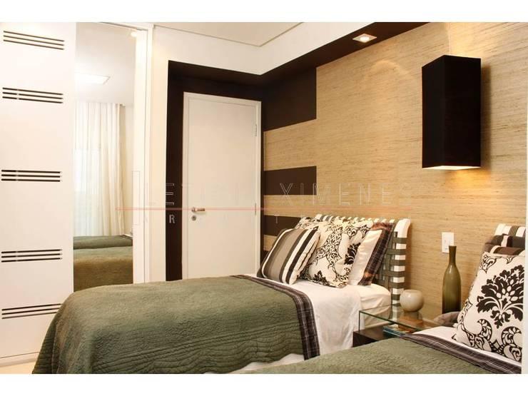 Bedroom by LX Arquitetura
