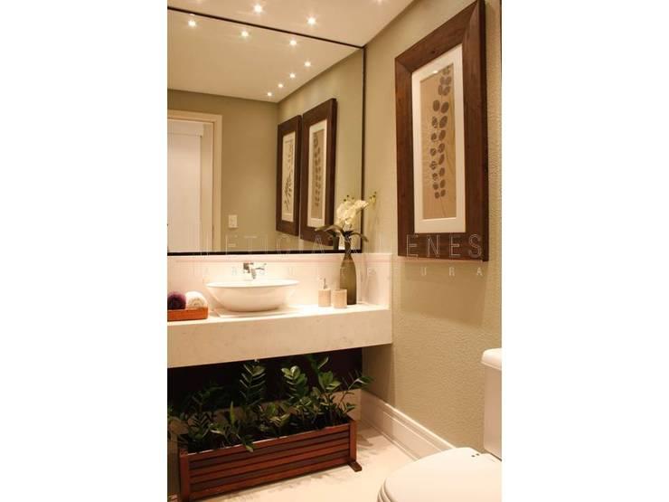 lavabo: Banheiros  por LX Arquitetura