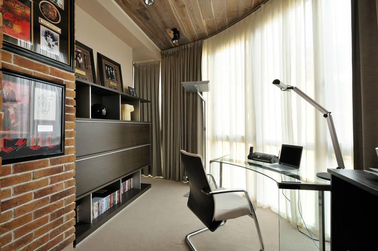 Квартира на Староволынской: Рабочие кабинеты в . Автор – Дизайн-студия «ARTof3L»