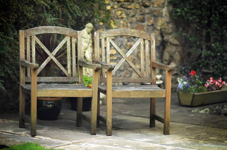 Stylowy a zarazem nowoczesny : styl , w kategorii  zaprojektowany przez Green Point Garden Design