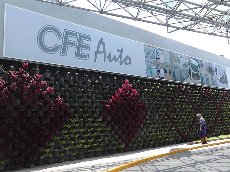 "MURO VERTICAL "" FLORESTA"": Casas de estilo  por ENFOQUE CONSTRUCTIVO"