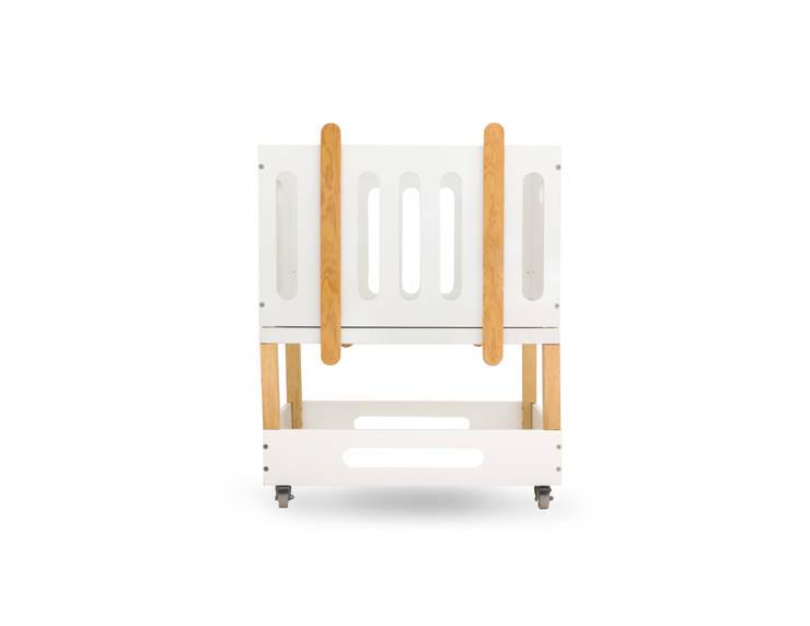 Mini cuna bee: Habitaciones infantiles de estilo  por Miostudio