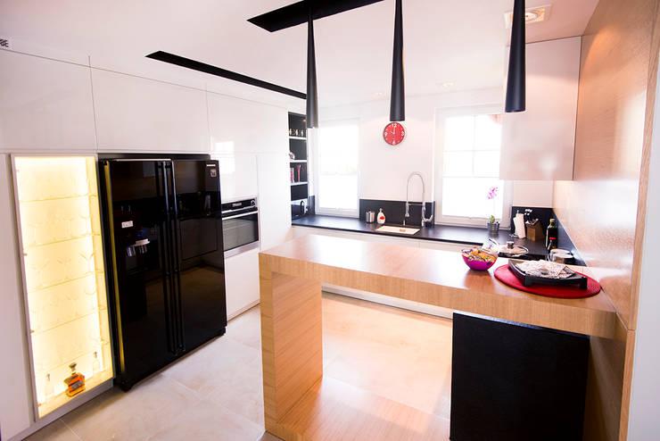Cocinas de estilo moderno de conceptjoana
