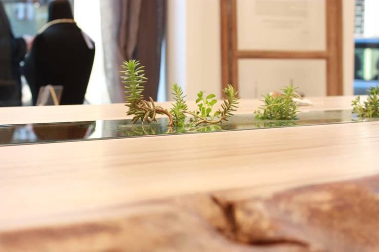 modern  by Macrit - Materie Creative Italiane, Modern Solid Wood Multicolored