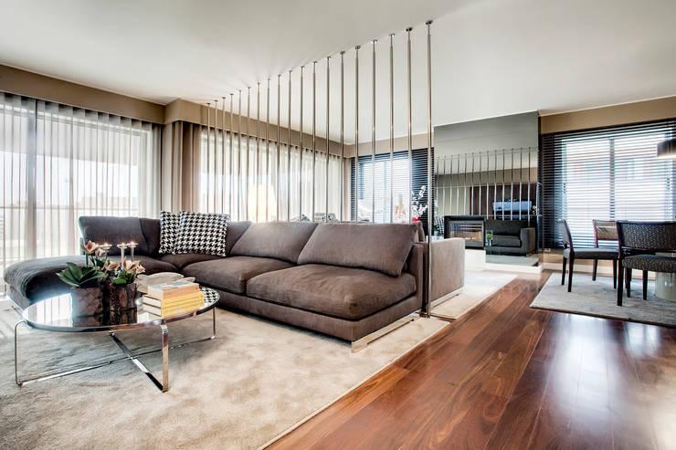 modern Living room by Jorge Cassio Dantas Lda