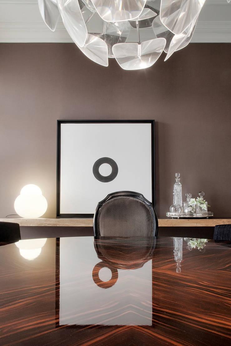 Residência Foz: Salas de jantar  por Jorge Cassio Dantas Lda