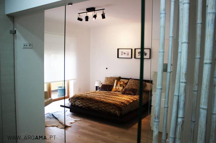SCANDINAVIAN HOUSE PROJECT: Quartos  por ARQAMA - Arquitetura e Design Lda