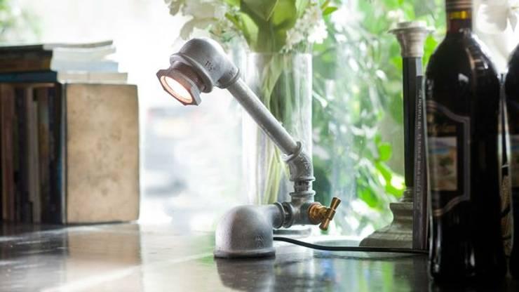 Mono : styl , w kategorii Salon zaprojektowany przez Kozo Lamp Poland
