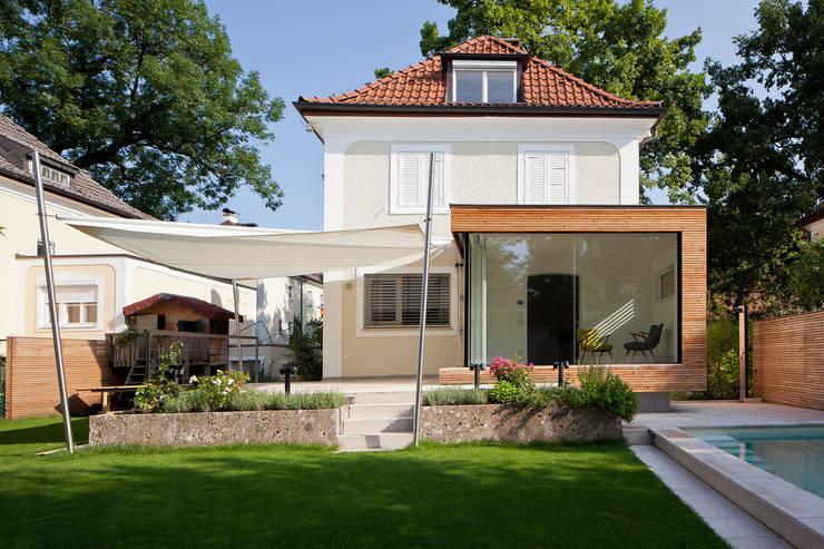 Projekty, klasyczne Domy zaprojektowane przez aichberger architektur ZT
