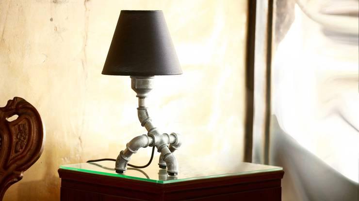 Giga: styl , w kategorii Salon zaprojektowany przez Kozo Lamp Poland