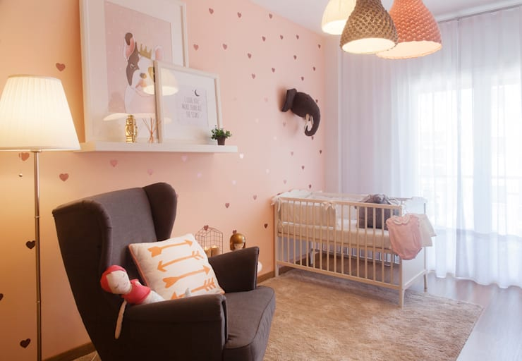 Baby Room: Quartos de criança  por MYAH - Make Yourself At Home