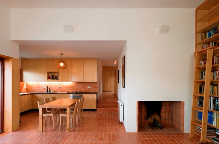 Casa Conde: Cozinhas  por SAMF Arquitectos