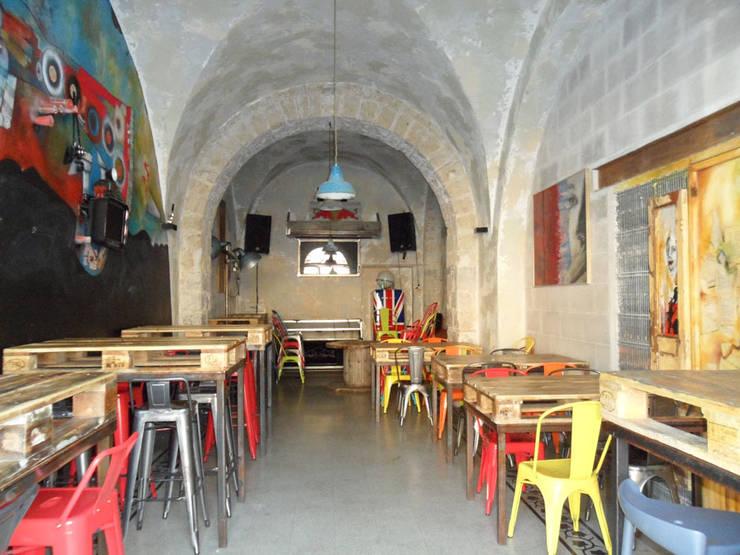 Tavoli Da Bar Ecco Come Avere Un Locale All Ultima Moda