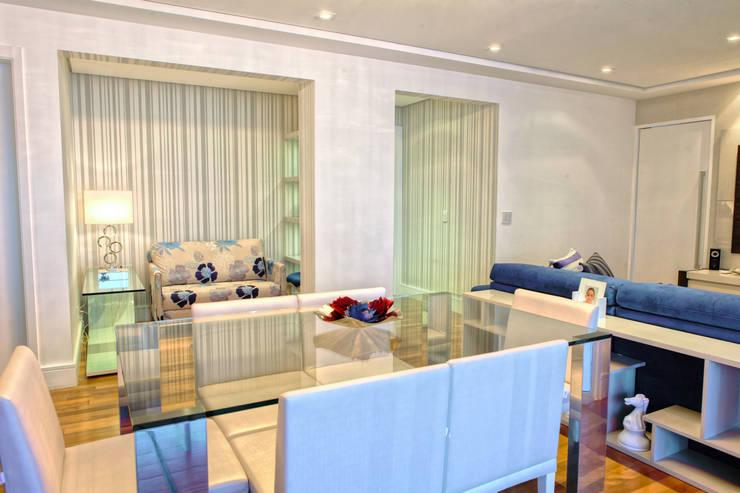 Conforto e Bem Estar: Salas de jantar  por Lilian Barbieri Interior Design