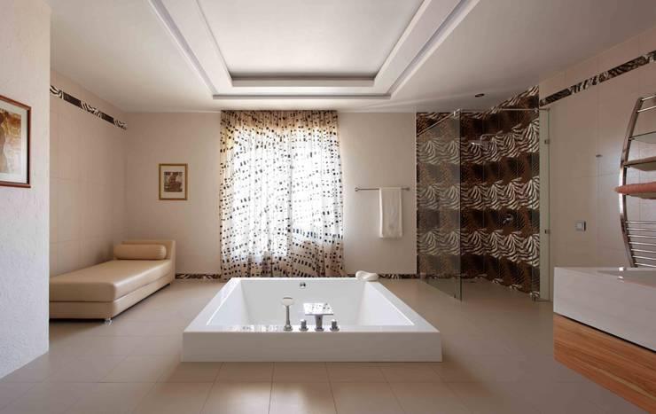 Projekty,  Sypialnia zaprojektowane przez Хандсвел