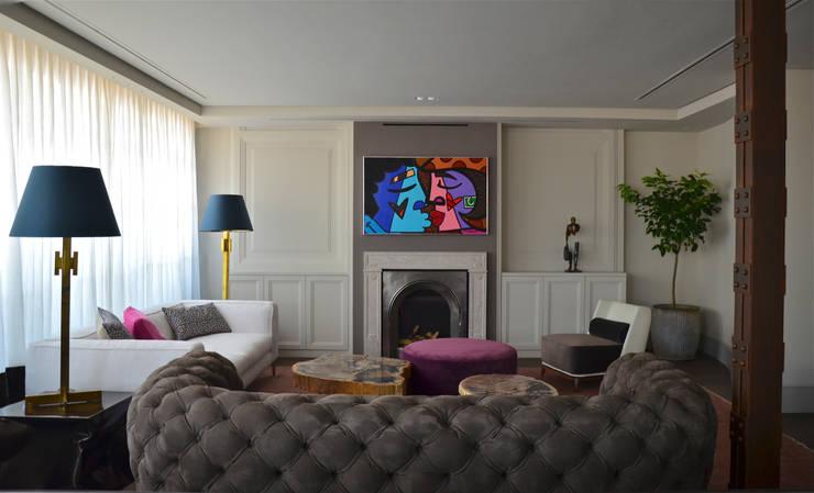 Salas de estilo  por Ines Benavides