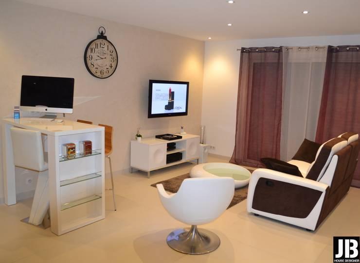 Salas de estar  por JbHouseDesigner