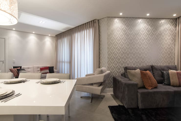 Apartamento decorado Veredas 2: Salas de jantar  por Renata Neves ,Clássico