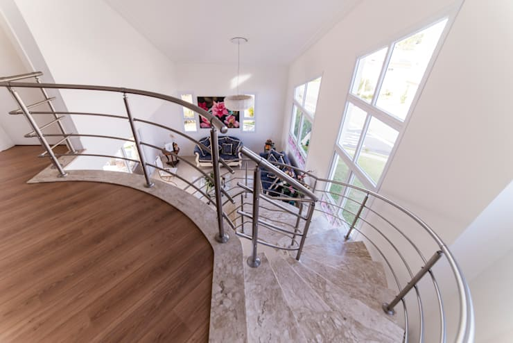 Salas de estilo  por MM Arquitetura e Urbanismo