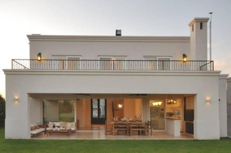 Huizen door Parrado Arquitectura