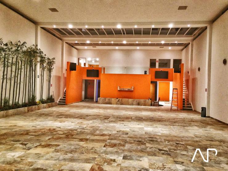 Salon de eventos TORREBLANCA:  de estilo  por AP studioarq