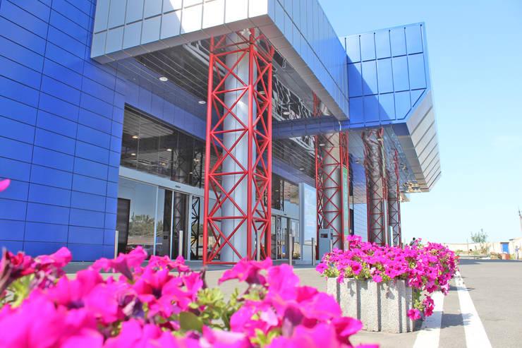 Экстерьер III-очереди строительства ТРЦ КАРАВАН: Дома в . Автор – GP-ARCH