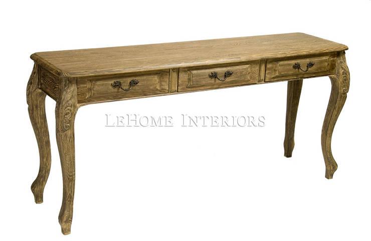 Консоль Louise Console Table K001: Прихожая, коридор и лестницы в . Автор – LeHome Interiors