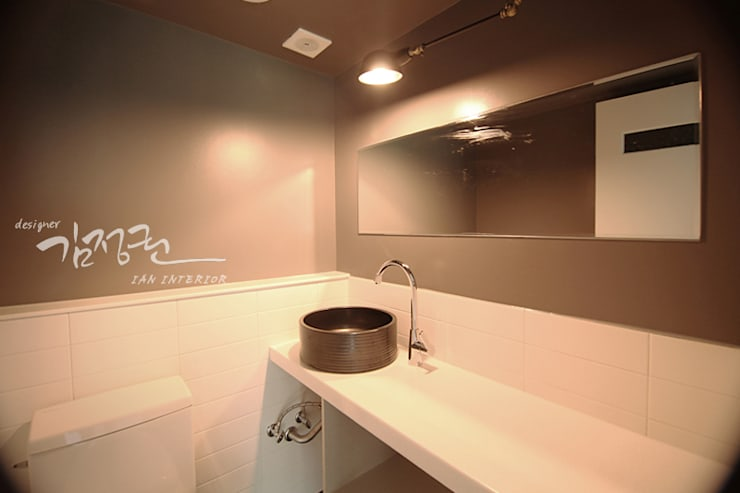 산호 아파트 : 김정권디자이너의  욕실