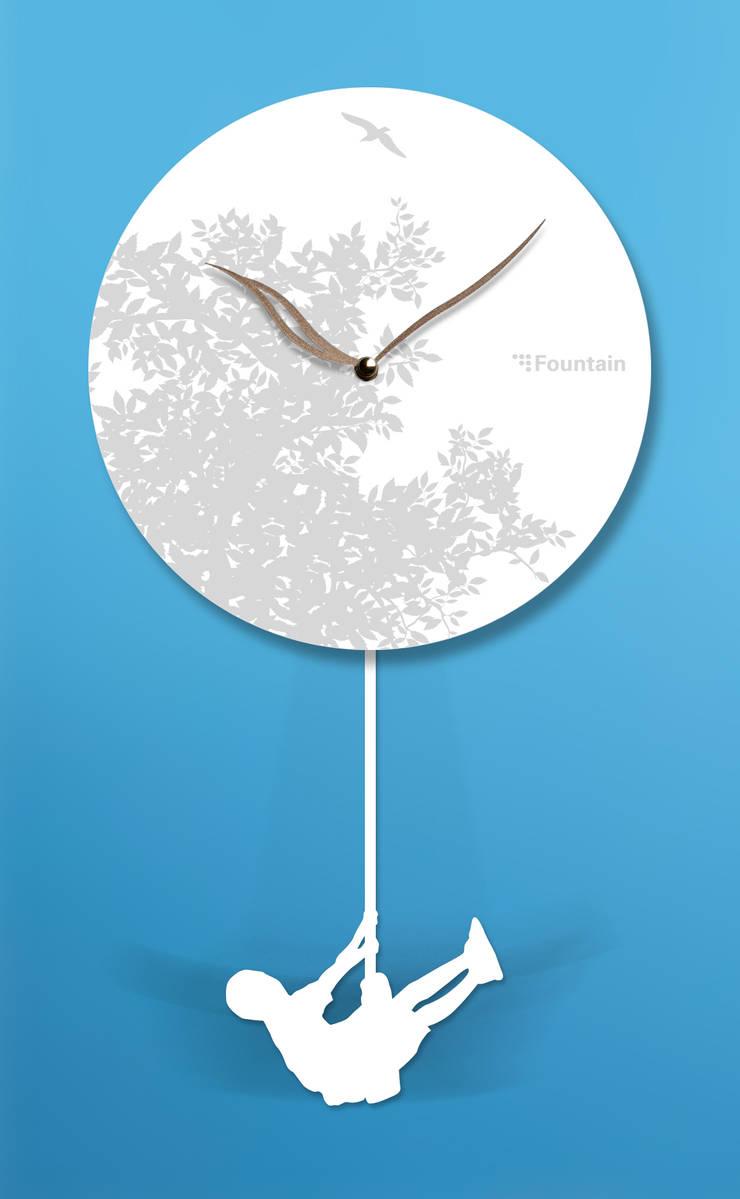 스윙벽시계  (Swing wall clock): fountain studio의  가정 용품