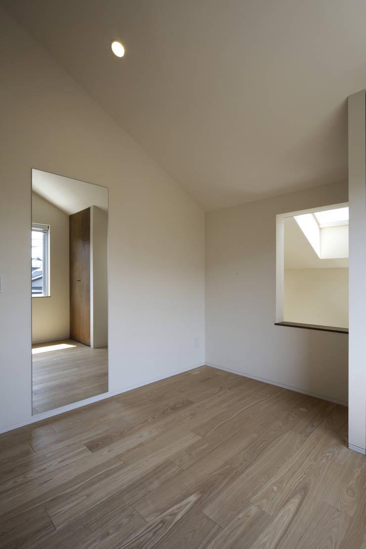 house in saitama ミニマルスタイルの 子供部屋 の 株式会社廣田悟建築設計事務所 ミニマル