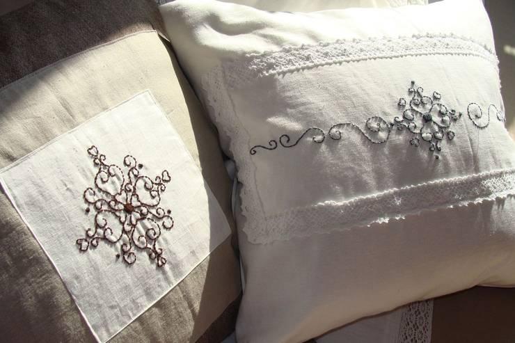 Poduszki: styl , w kategorii Sypialnia zaprojektowany przez Maka Art
