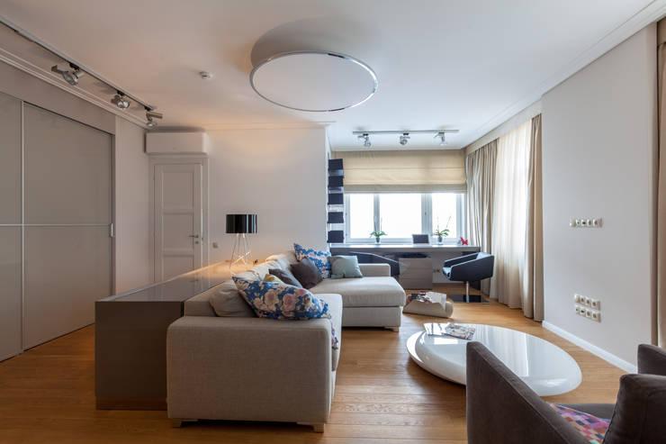 Двухуровневая квартира в стиле ар-деко: Гостиная в . Автор – ARTteam