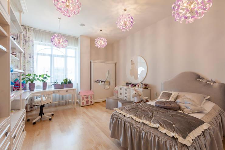 Квартира в современном стиле: Детские комнаты в . Автор – ARTteam
