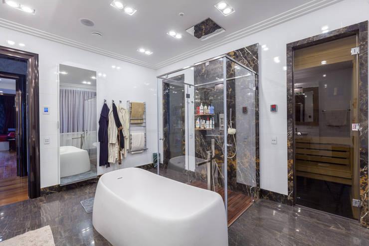 Квартира в современном стиле: Ванные комнаты в . Автор – ARTteam