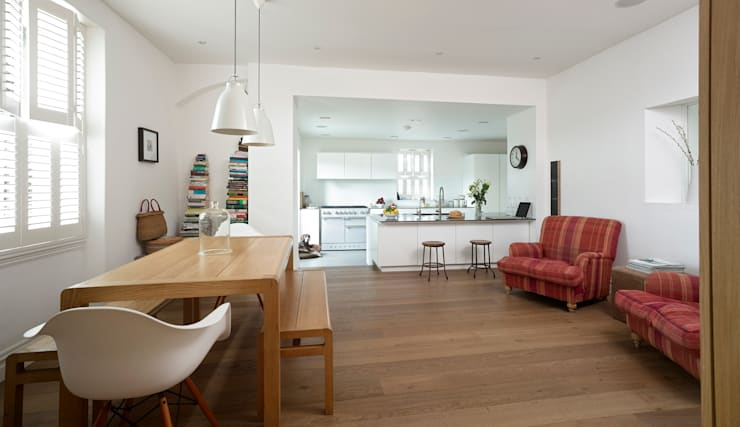 The Fosse:  Dining room by Designscape Architects Ltd