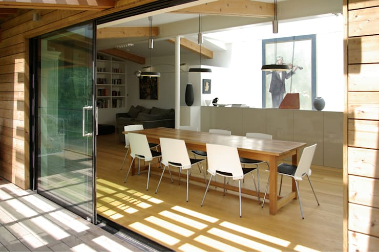 Twinneys: modern Dining room by Designscape Architects Ltd