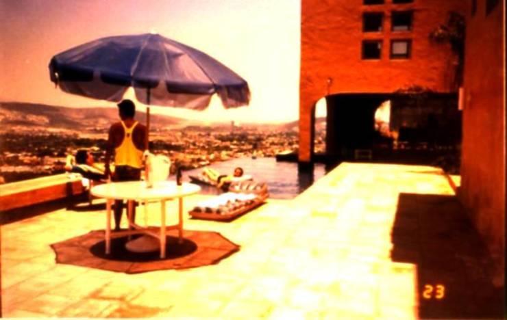 Casa El Pueblito: Casas de estilo  por Moya-Arquitectos