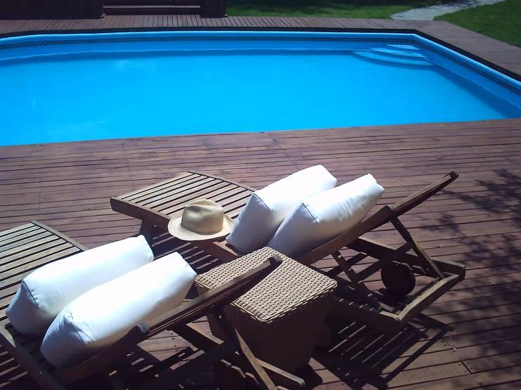 Pool Área Barrenechea – Santiago: Albercas de estilo  por Moya-Arquitectos