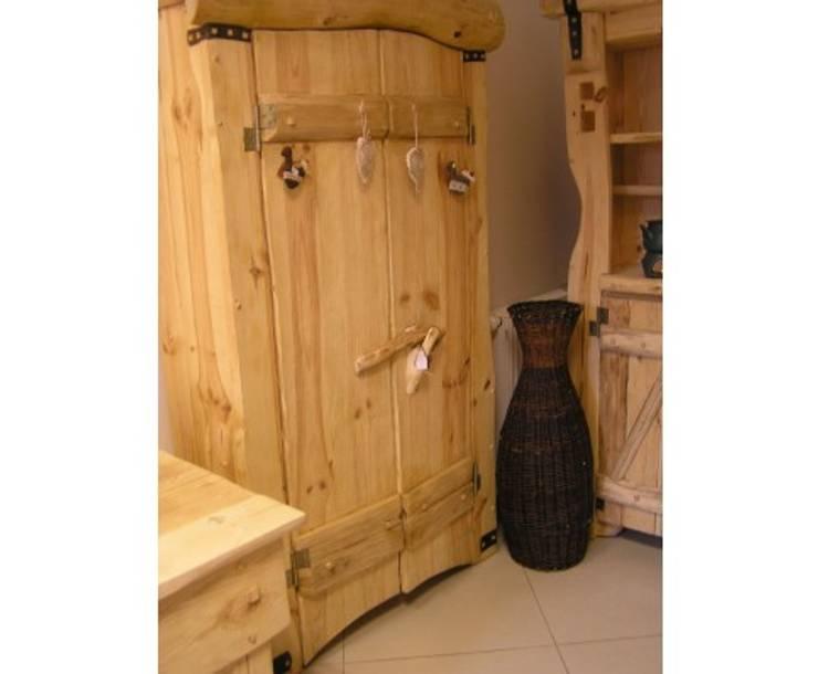 Meble spod siekiery: styl , w kategorii Sypialnia zaprojektowany przez Meble Spod Siekiery Meble-Country