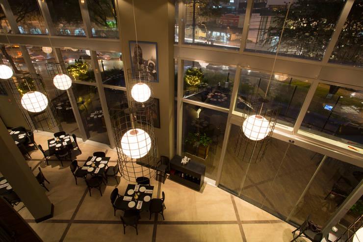 Forneria Copacabana | Iguaçu: Espaços gastronômicos  por Claudia Pereira Arquitetura