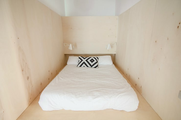 modern Bedroom by degoma