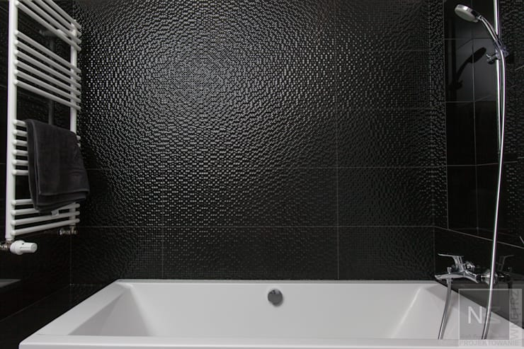 Czarno-biała łazienka: styl , w kategorii Łazienka zaprojektowany przez Suare Studio  Natalia Margraf-Wojciechowska