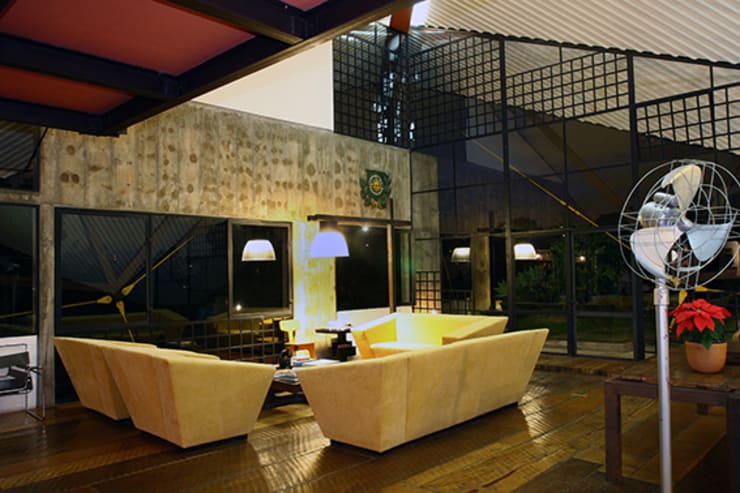 Sala de Estar: Salas de estar modernas por Carlos Bratke Arquiteto
