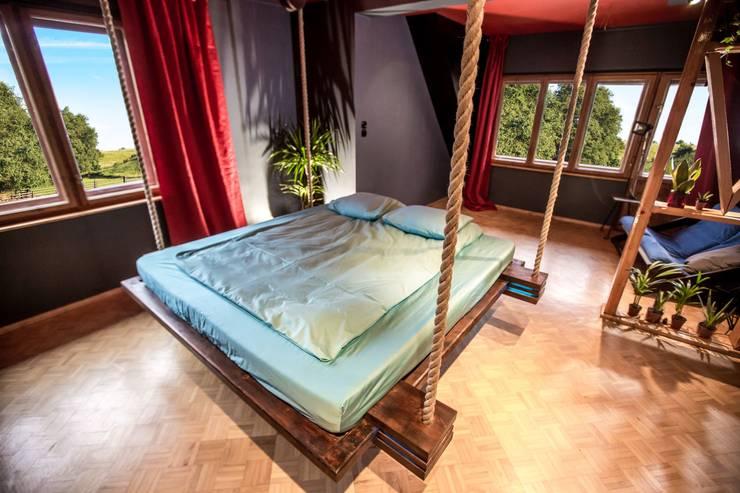 غرفة نوم تنفيذ Hanging beds